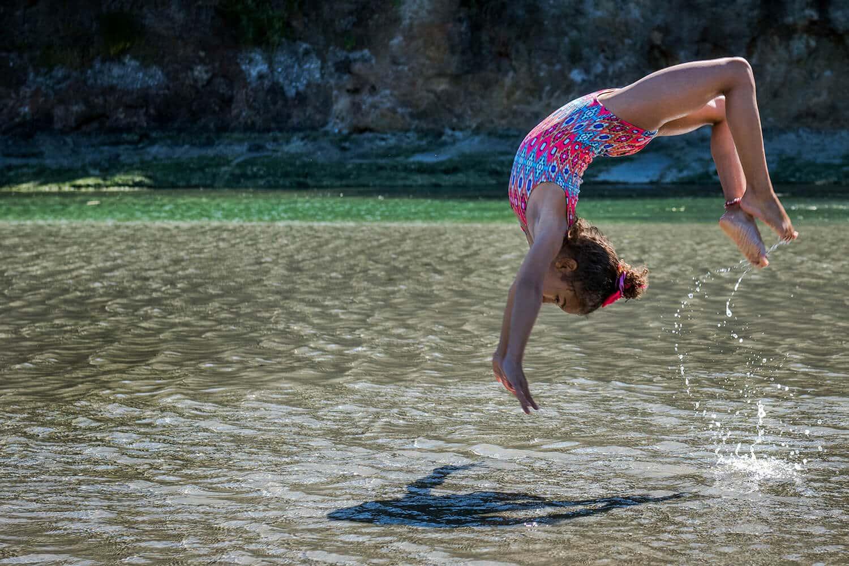 Urlaub mit Kindern, Akrobatik am See